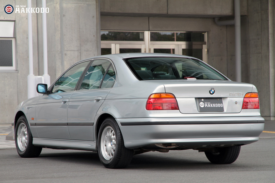 BMW525-2.jpg