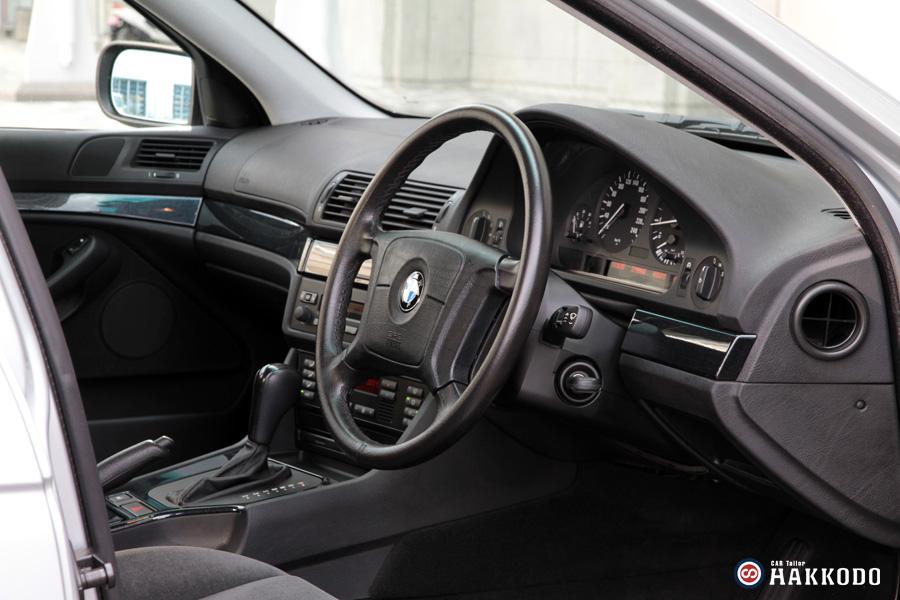 BMW525-9.jpg