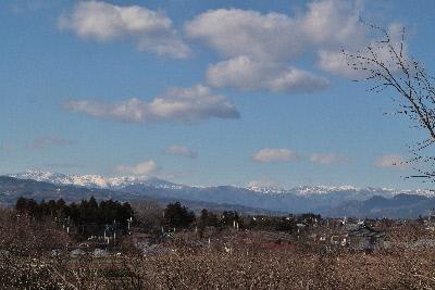 雪の積もった山々①20131229