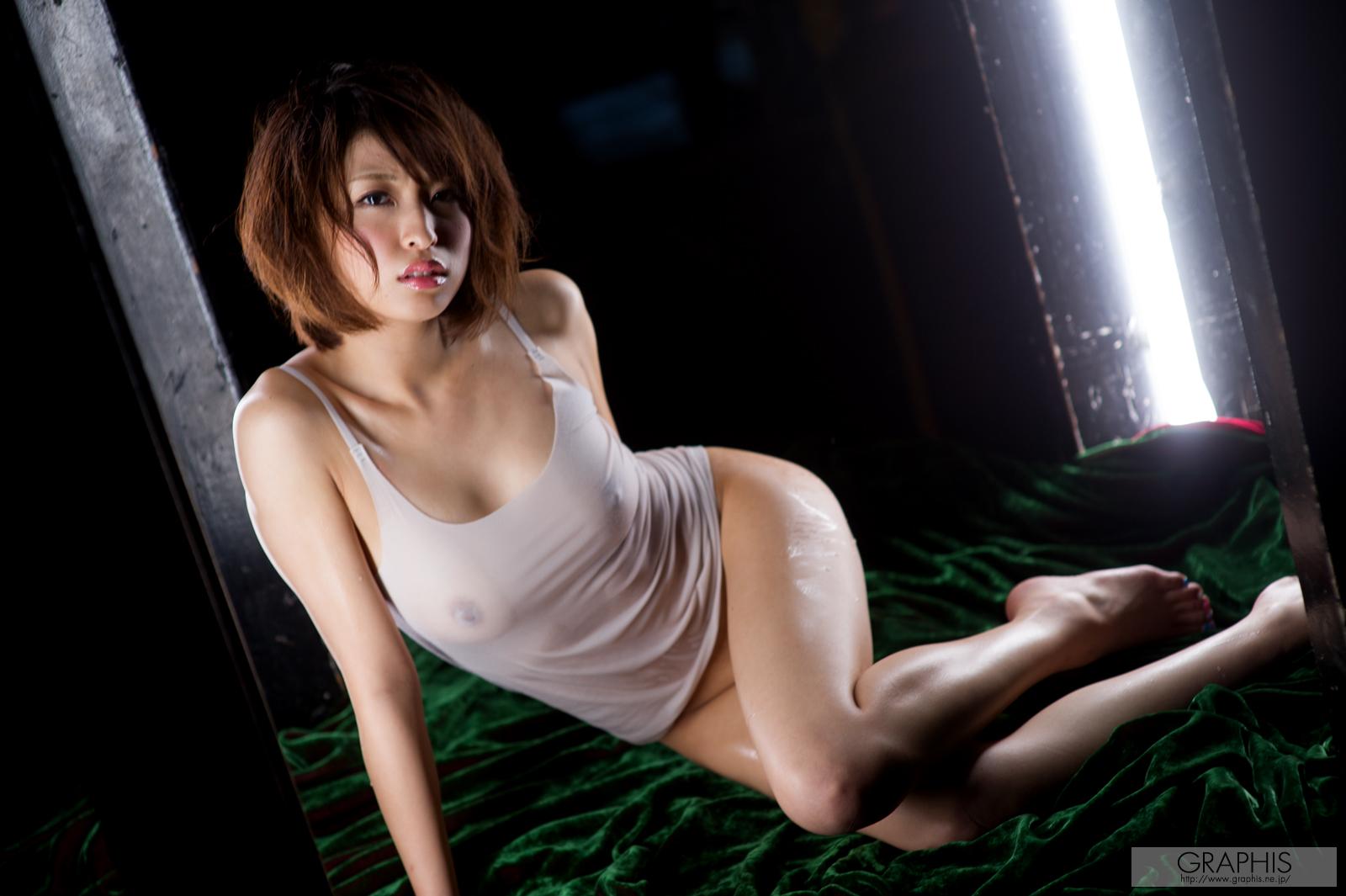 gra_syoko-a2062.jpg