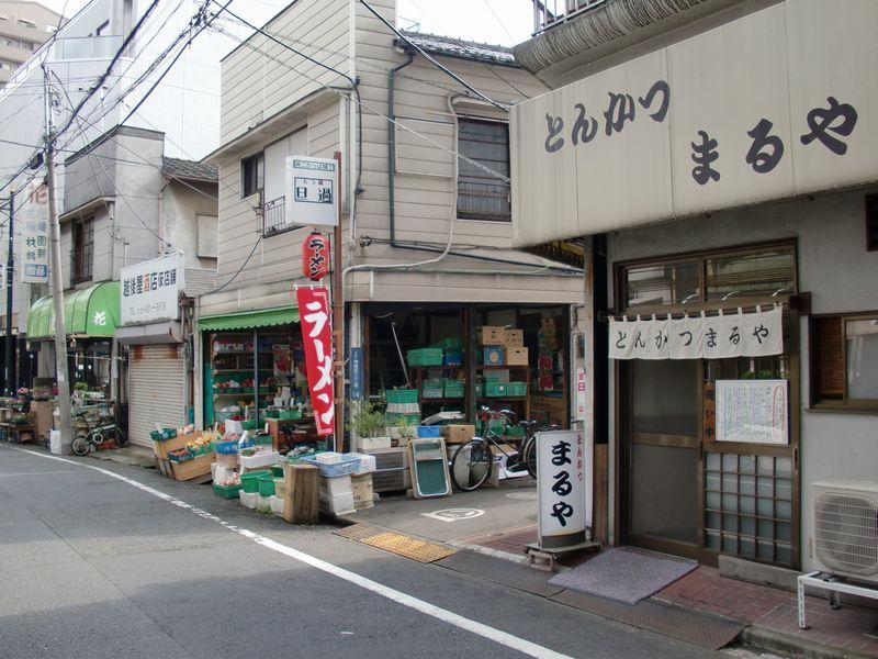 一真軒@千駄ヶ谷・商店街