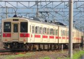 100630-JR-W-105-wakayama-4cars.jpg