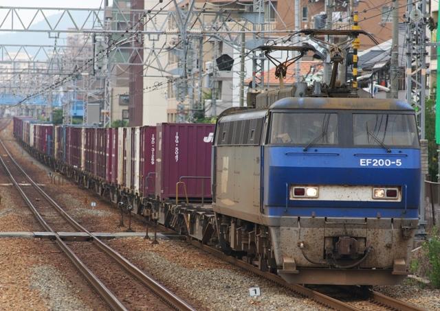 100710-JR-F-EF200-5-1.jpg