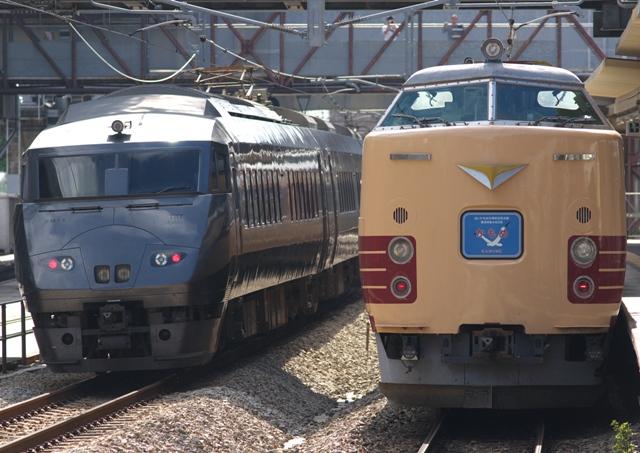 101010-JR-kyushu-485-787.jpg