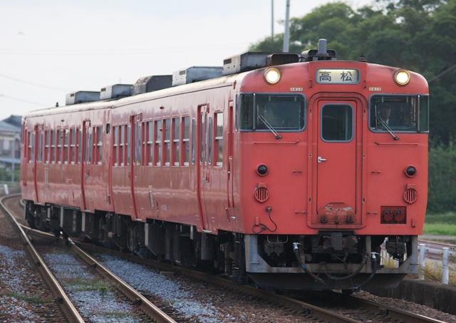 101017-JR-shikoku-DC47-tarako-1.jpg