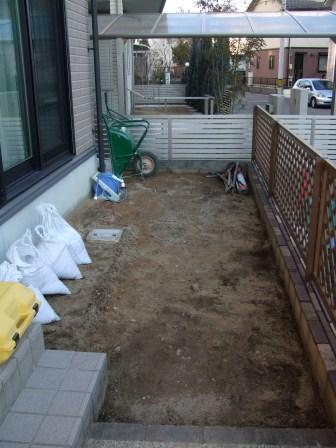 ガーデンリフォーム鋤取り完了
