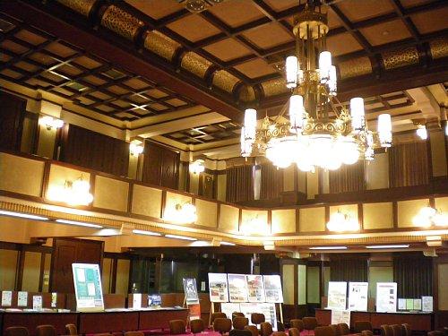 神奈川県庁舎・議場
