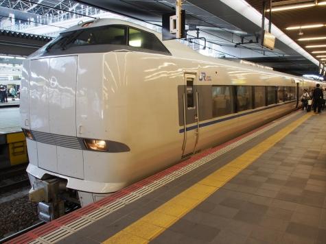 JR西日本 683系4000番台 特急「サンダーバード」