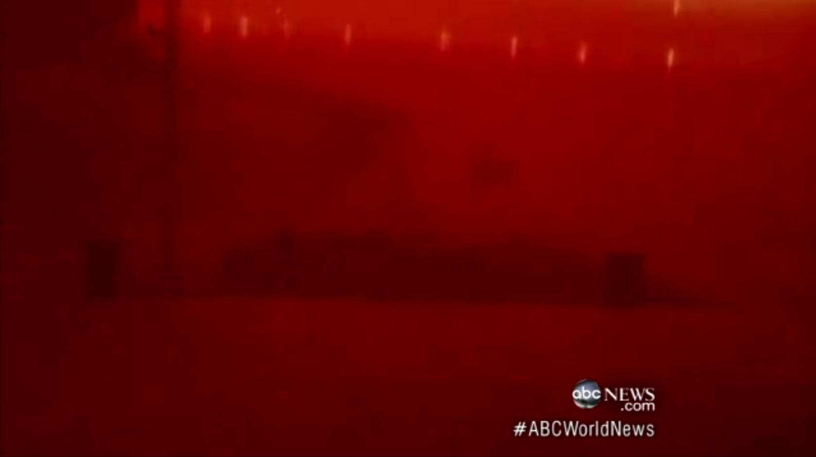 アリゾナにダストストーム発生 世の中が真っ赤になる映像