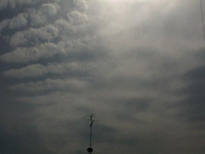 神奈川県で地震雲の報告多数あり