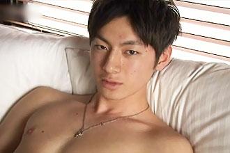 [男のプリケツ] ゲイ動画:街でナンパしたイケメン男子18歳仮性包茎でGO !!