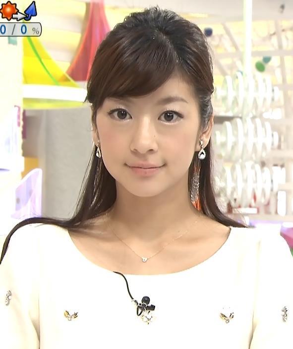 生野陽子 太ももキャプ・エロ画像2