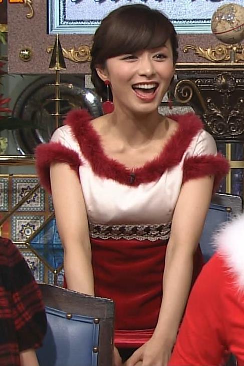 伊藤綾子 太ももキャプ・エロ画像2