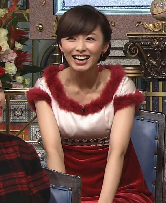 伊藤綾子 太ももキャプ・エロ画像3