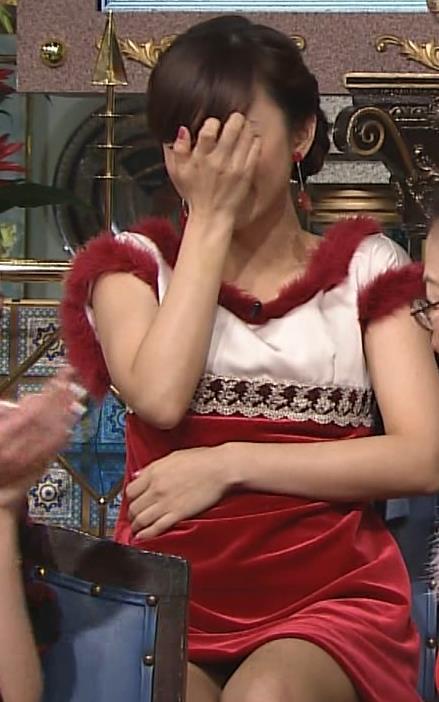 伊藤綾子 太ももキャプ・エロ画像4