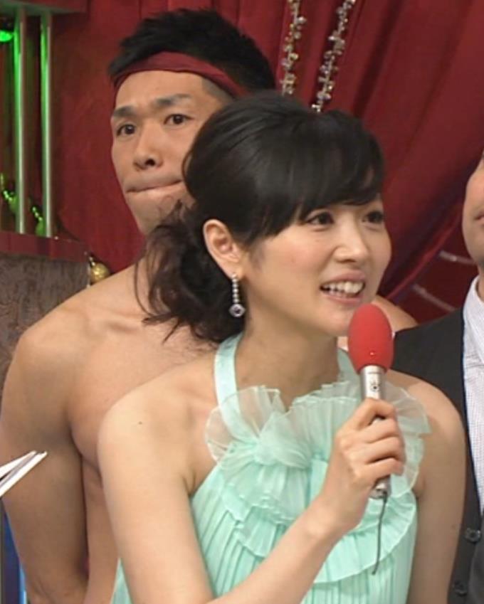 高島彩 AV男優に後ろから・・・、みたいな・・・。キャプ画像(エロ・アイコラ画像)