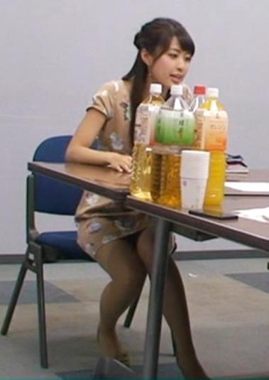佐藤渚 ミニスカワンピースデルタゾーンキャプ画像(エロ・アイコラ画像)