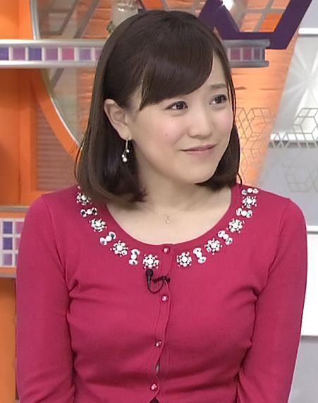 江藤愛 胸のふくらみ (ひるおび 20131226)キャプ画像(エロ・アイコラ画像)