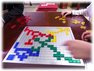 2011年2月親子ゲーム&お寿司会:ブロックス