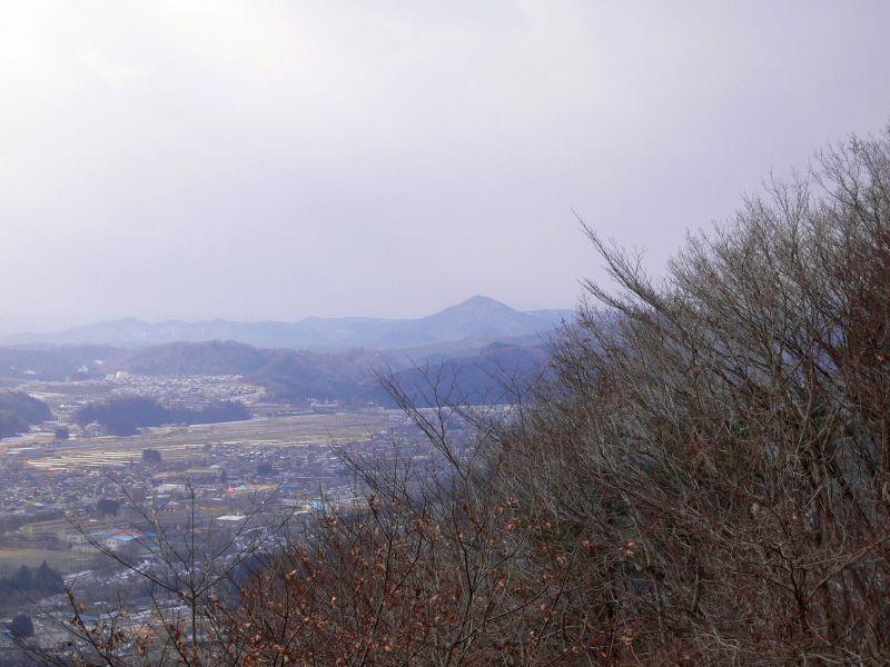 頂上からの戸神山