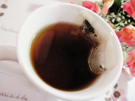 黒烏龍、プーアル茶に 高発酵ブレンドで脂肪、油分を流す【スルスル茶】