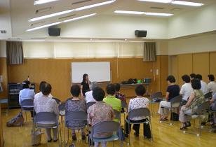 楽しい「認知症予防のヒント」の研修会
