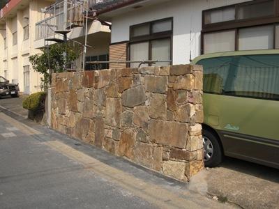 石塀の張り石