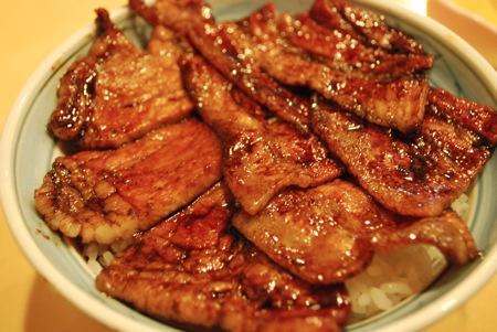 帯広市豚丼のはなとかち