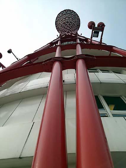 tower2.jpg
