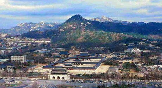 景福宮(キョンボックン)李氏朝鮮王朝の宮殿