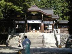 高麗神社正面