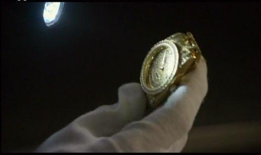 神男902 現場で見つかったチャン・ホの時計