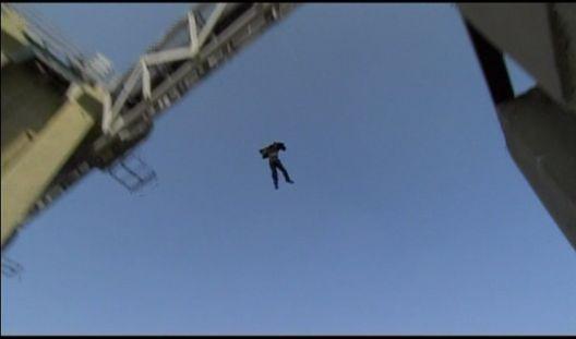 神男1226 飛び降りるマイケル