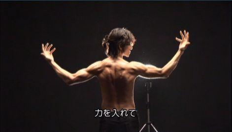 神特25 筋肉隆々