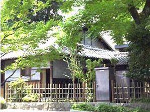 小泉八雲が日本での最初の1年を過ごした住居。神棚も祭ってあった